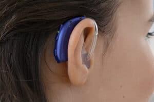 Заушный детский слуховой аппарат BTE